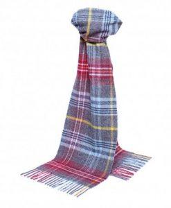Klassisk skotskternet tørklæde